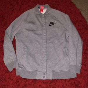 Nike L Men's Button Up grey jacket